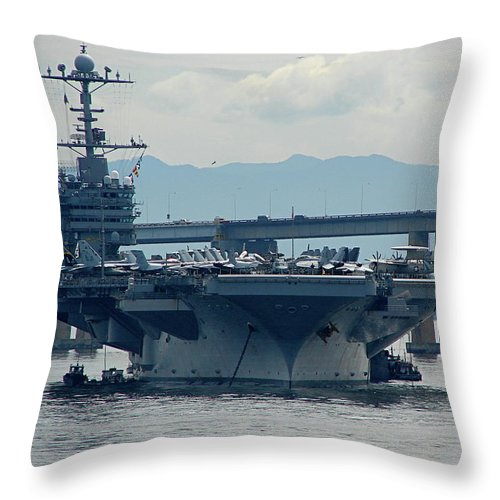Uss George Washington Throw Pillow featuring the photograph Uss George Washington by Brett Winn