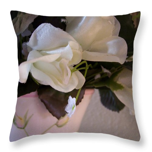 Garden Throw Pillow featuring the photograph Vase Of Roses by Gigi Croom