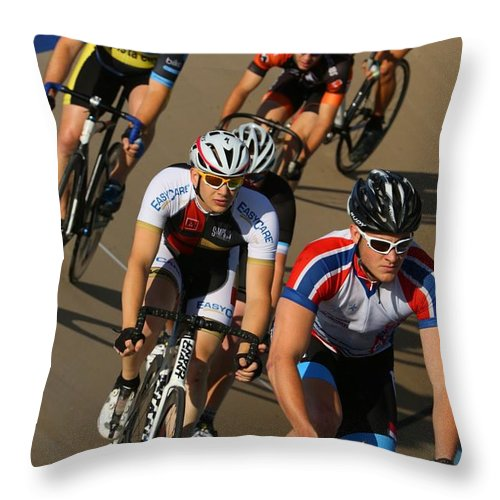 Pursuit Throw Pillow featuring the photograph Veledrone Racing by Douglas Sacha