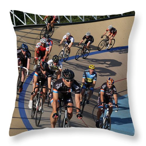 Pursuit Throw Pillow featuring the photograph Velodrone Race Event by Douglas Sacha