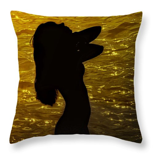 Woman Throw Pillow featuring the photograph Venus Del Mare by Joachim G Pinkawa