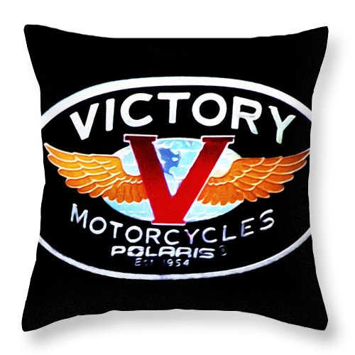 Victory Motorcycles Emblem Throw Pillow featuring the photograph Victory Motorcycles Emblem by Bill Cannon