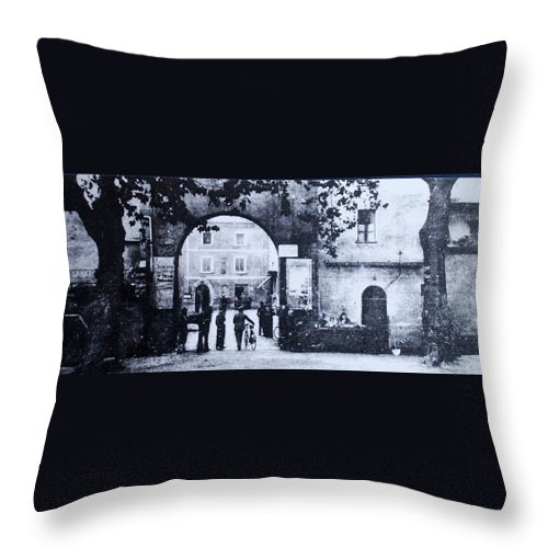 Tuscany Throw Pillow featuring the photograph Villafranca by Kurt Hausmann