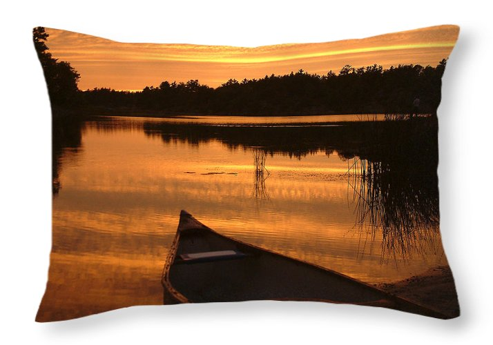 Canoe Throw Pillow featuring the photograph Waiting for Me by Linda McRae