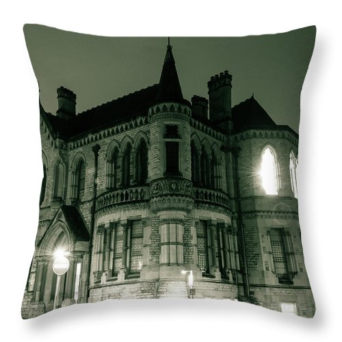 6x4 Throw Pillow featuring the photograph Waldorf College, The Centre For Science And Arts By Night Stround Gloucestershire by Jacek Wojnarowski