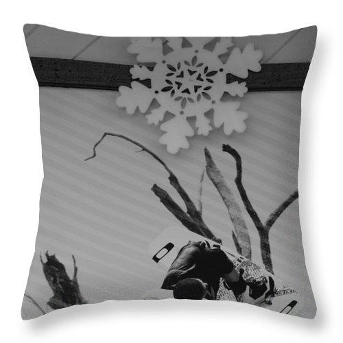 Snow Flake Throw Pillow featuring the photograph Wall Surfing With A Snow Flake by Rob Hans
