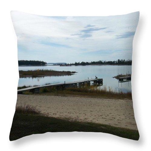 Washington Island Throw Pillow featuring the photograph Washington Island Shore 2 by Anita Burgermeister