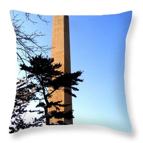 Washington Throw Pillow featuring the photograph Washington Monument At Dusk by Douglas Barnett