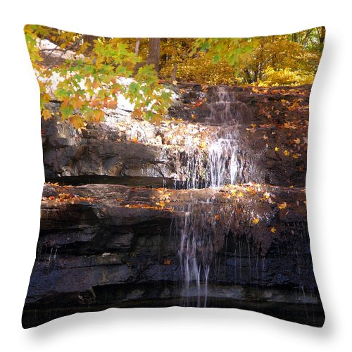 Waterfall Throw Pillow featuring the photograph Waterfall In Creve Coeur by John Lautermilch
