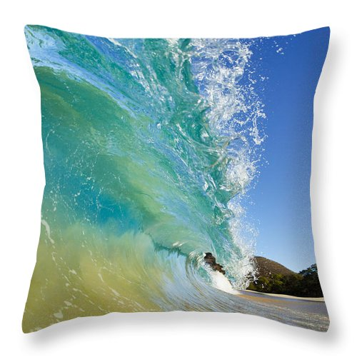 Aqua Throw Pillow featuring the photograph Wave Breaking At Makena by MakenaStockMedia