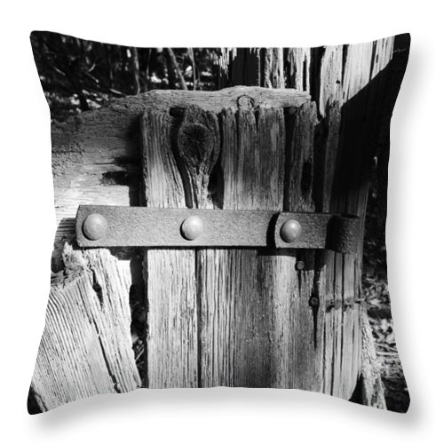Weathered Fence In Black And White Throw Pillow featuring the photograph Weathered Fence In Black And White by Warren Thompson