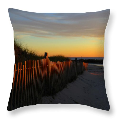 Sunrise Throw Pillow featuring the photograph Welcoming The Day by Dianne Cowen