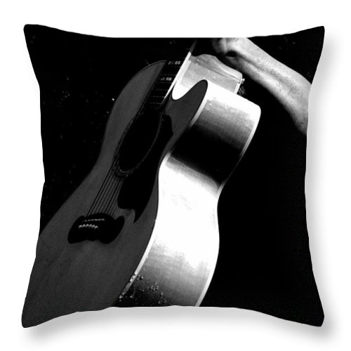 Guitar Throw Pillow featuring the photograph Wet by Elizabeth Hart