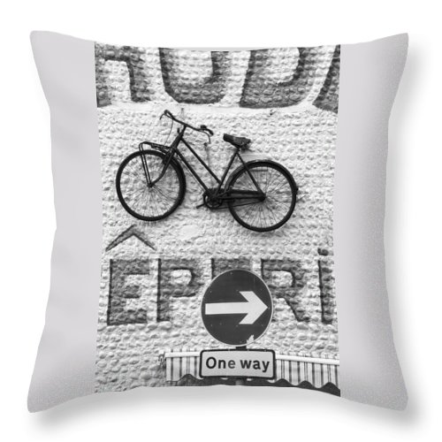 Street Throw Pillow featuring the photograph Which Way by Hazy Apple