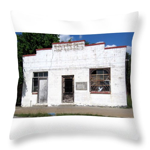 Building Throw Pillow featuring the photograph White Wahsed by Amy Hosp