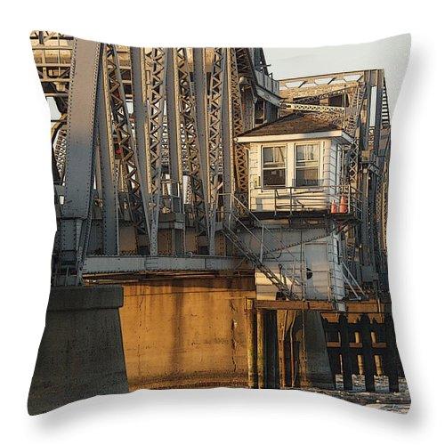 Bridge Throw Pillow featuring the photograph Winter Bridgehouse by Tim Nyberg