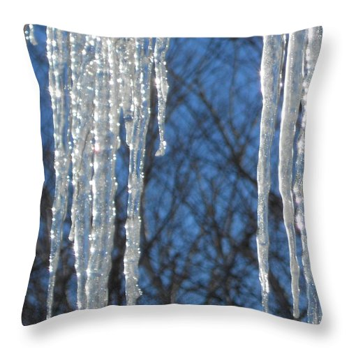 Ice Throw Pillow featuring the photograph Winter's Icy Fingers by Jackie Mueller-Jones