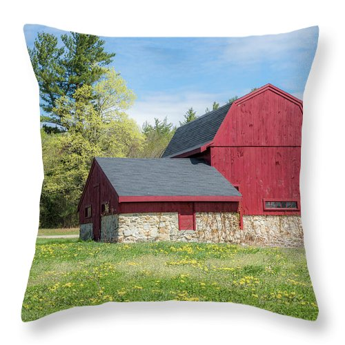 Red Barn Throw Pillow featuring the photograph Woodmont Red by Debbie Gracy