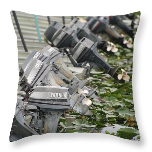 Boats Throw Pillow featuring the photograph Yamaha Outboards by Rob Hans