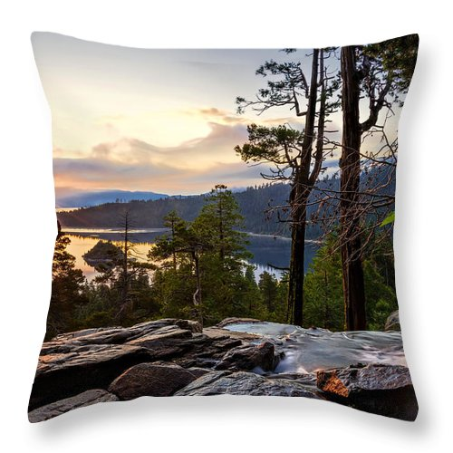 Bay Throw Pillow featuring the photograph Liquid Gold by Maria Coulson