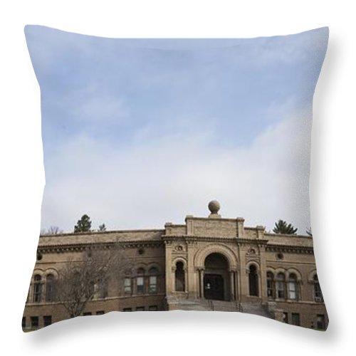 Yerkes Throw Pillow featuring the photograph Yerkes Observatory by David Bearden