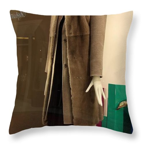 People Throw Pillow featuring the photograph You Be You And I Will Be Me by L Cecka