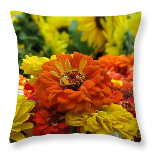 Summer Throw Pillow featuring the photograph Zinnias With Sunflowers by Alfred Ng
