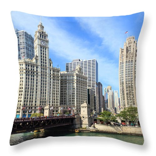 Downtown District Throw Pillow featuring the photograph Buildings By The Chicago River, Chicago by Fraser Hall
