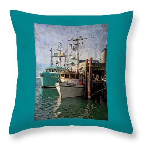 Newport Throw Pillow featuring the photograph Challenge by Thom Zehrfeld