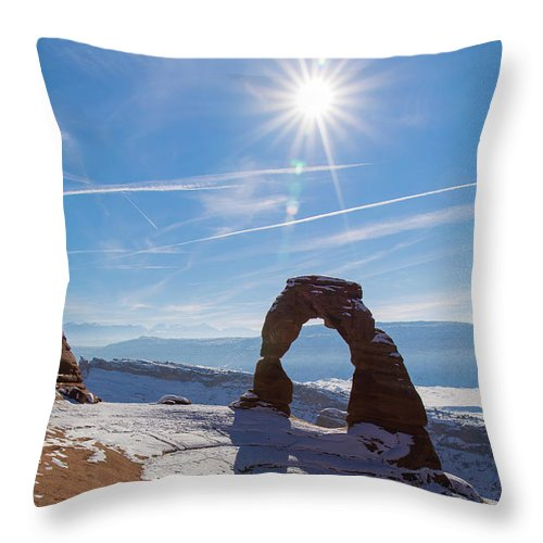 Delicate Arch Throw Pillow featuring the photograph Delicate Arch by Robert VanDerWal