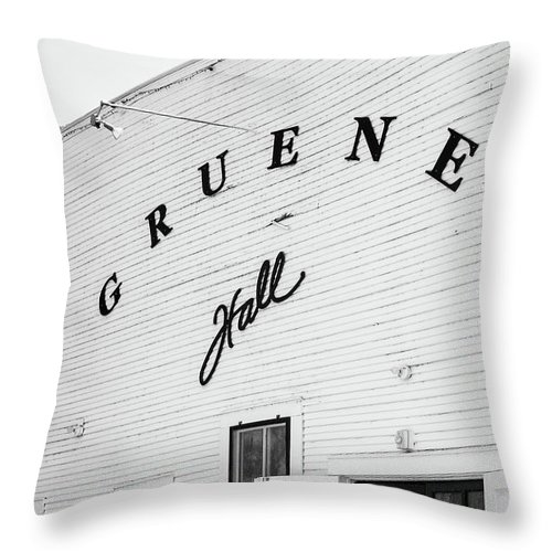 Gruene Throw Pillow featuring the photograph Historic Gruene Hall by Stephen Stookey