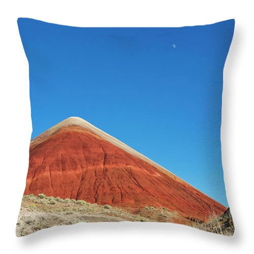 Scenics Throw Pillow featuring the photograph Painted Hills Desert With Quarter Moon by Sasha Weleber