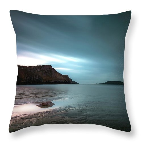 Long Exposure Throw Pillow featuring the photograph Rhossili Bay And Worms Head by Leighton Collins