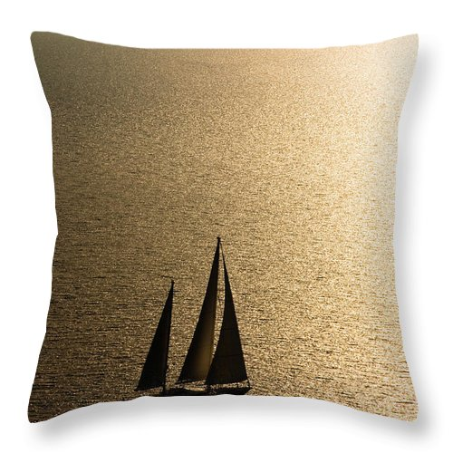 Curve Throw Pillow featuring the photograph Sailing At Sunset by Mbbirdy