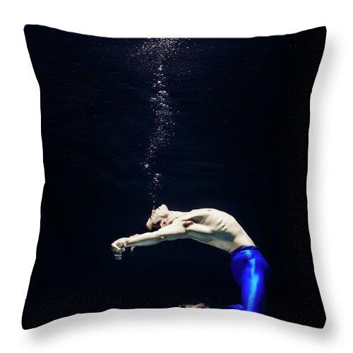 Ballet Dancer Throw Pillow featuring the photograph Ballet Dancer Underwater by Henrik Sorensen
