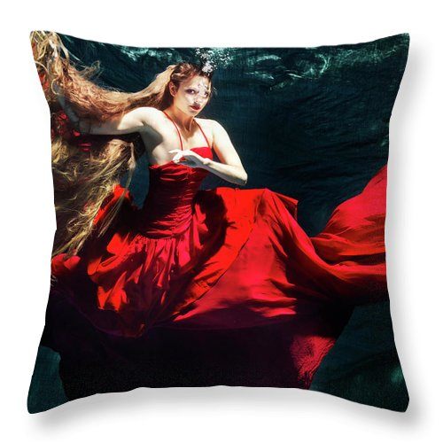 Ballet Dancer Throw Pillow featuring the photograph Female Dancer Performing Under Water by Henrik Sorensen