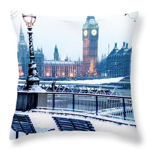 Clock Tower Throw Pillow featuring the photograph Houses Of Parliament In The Snow by Doug Armand