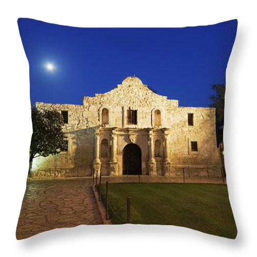 War Throw Pillow featuring the photograph Alamo Mission, San Antonio, A Famous by Yinyang