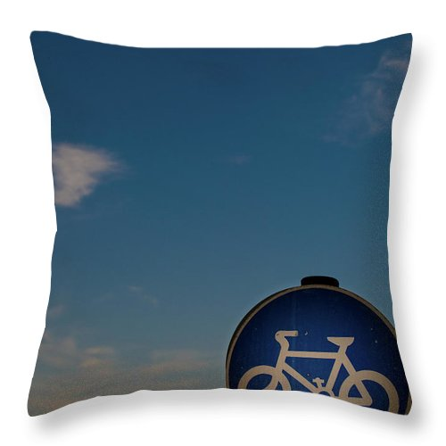 Outdoors Throw Pillow featuring the photograph Bicycle Sign With Sky by Photography By Stuart Mackenzie (disco~stu)