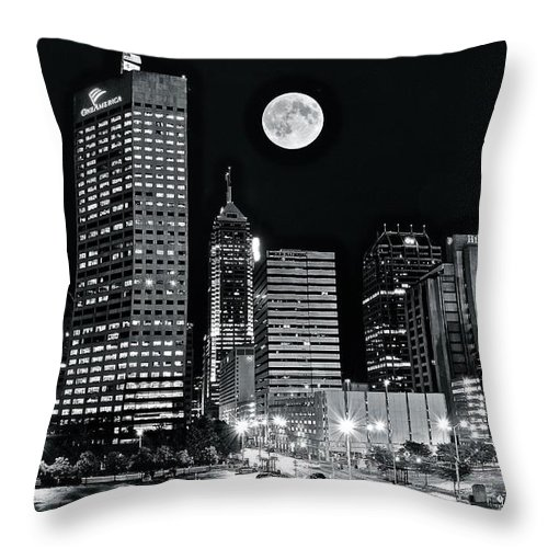 Indianapolis Throw Pillow featuring the photograph Big Moon Indianapolis 2019 by Frozen in Time Fine Art Photography