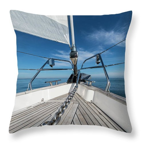 Sailboat Throw Pillow featuring the photograph Bow Of 62 Ft Sailboat by Gary S Chapman