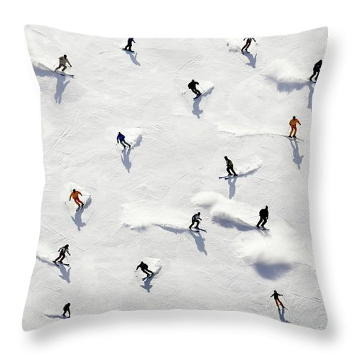 Skiing Throw Pillow featuring the photograph Crowded Holiday by Mistikas