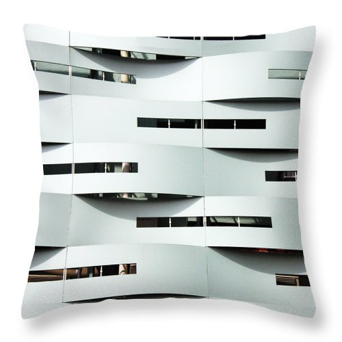 Curve Throw Pillow featuring the photograph Curvilinear by Neaz Ahmed