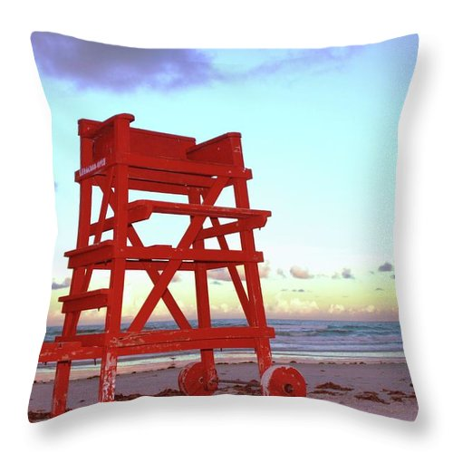 Empty Throw Pillow featuring the photograph Daytona Beach Lifeguard Stand At by Thomas Damgaard Sabo, Damgaard Photography