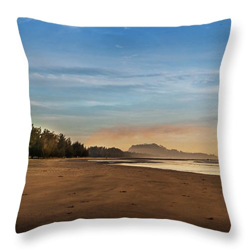 Tranquility Throw Pillow featuring the photograph Eastern Edge Of Malaysia by Simonlong
