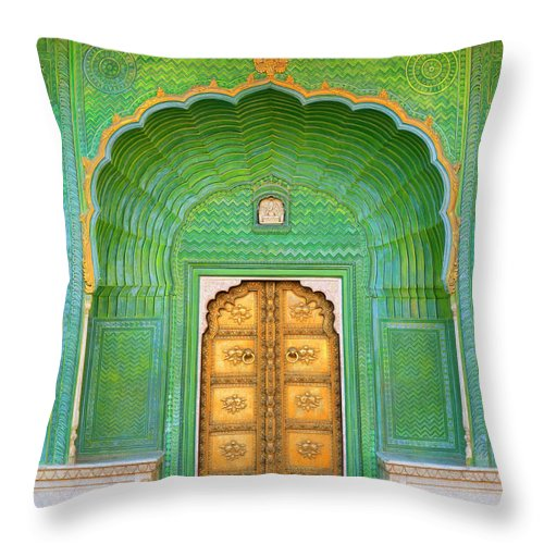 Tranquility Throw Pillow featuring the photograph Entrance To Palace by Grant Faint