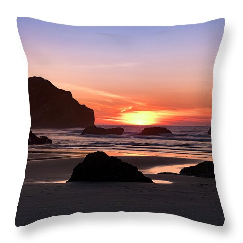 Bandon Beach Throw Pillow featuring the photograph Face Rock At Sunset by Jim Thompson