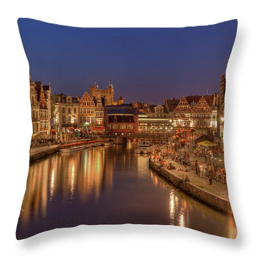 Tranquility Throw Pillow featuring the photograph Gent - 03101119 by Klaus Kehrls