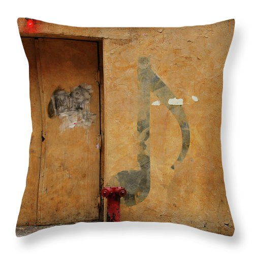 Nightclub Throw Pillow featuring the photograph Grunge & Music by Caracterdesign