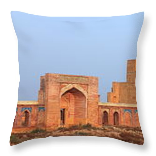 Tranquility Throw Pillow featuring the photograph Isa Khan Tombs Of Makli by Nadeem Khawar